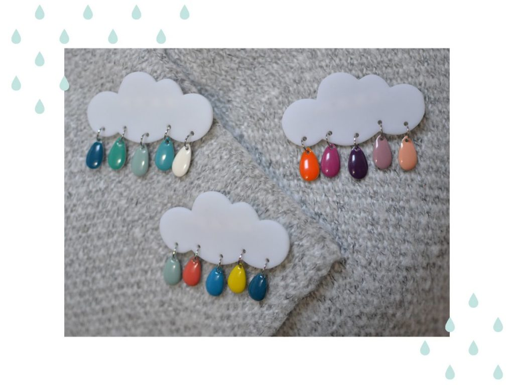 Exemples broches nuages et gouttes multicolores made in Velanne