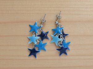 clous étoiles émaillées bleu ciel, bleu et bleu marine