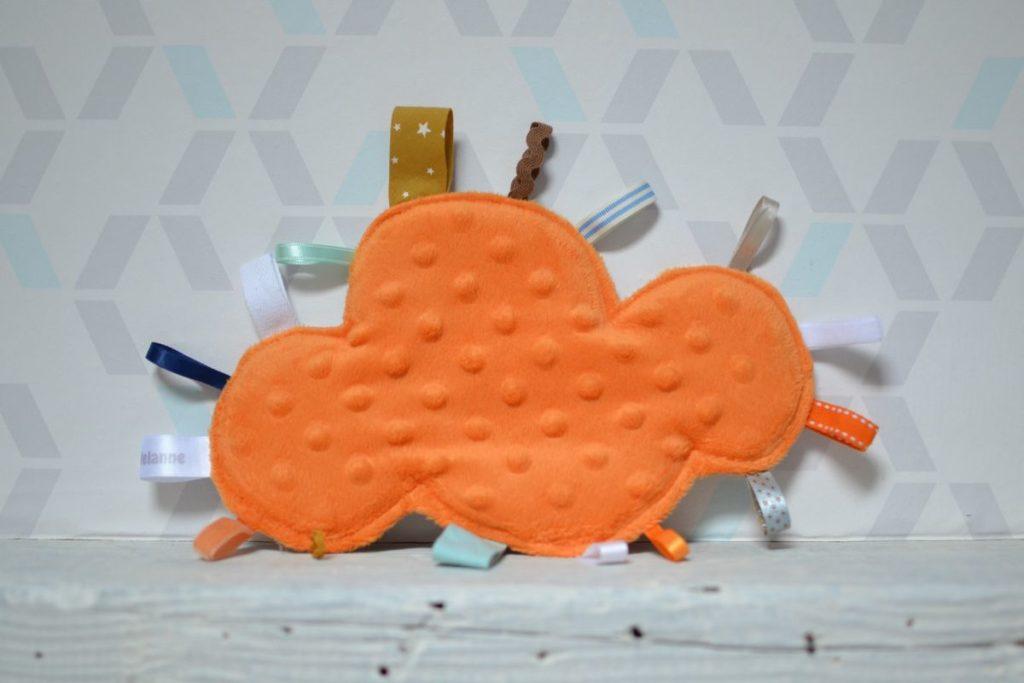 doudou étiquettes nuage minkee orange