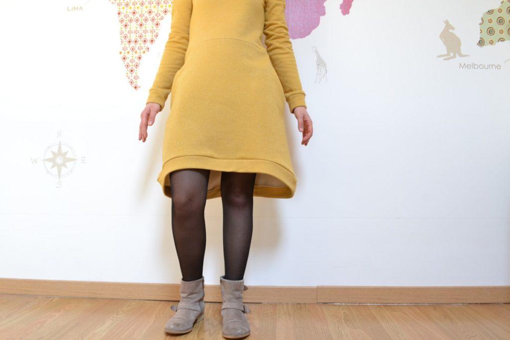 robe pull cocon jaune à paillettes