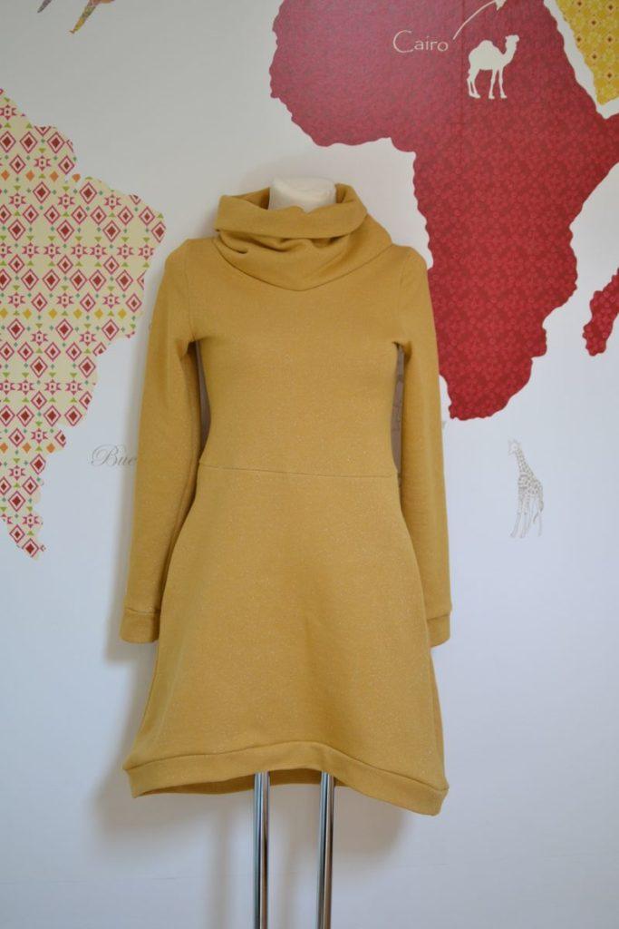 robe pull cocon portée par ginette