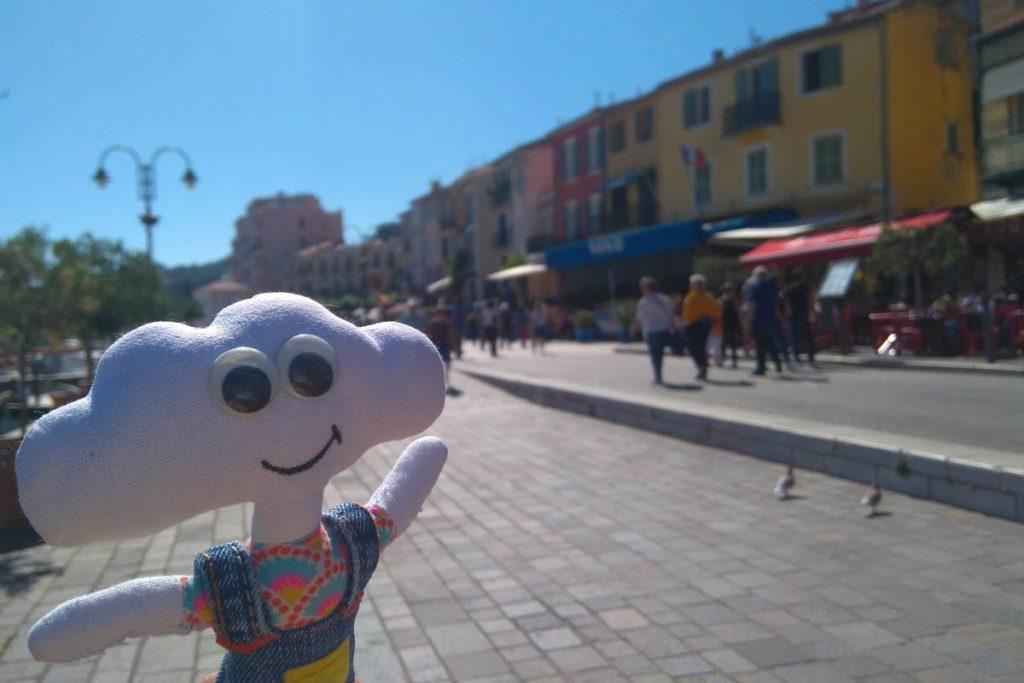 Mr Dream dans les rue de Cassis