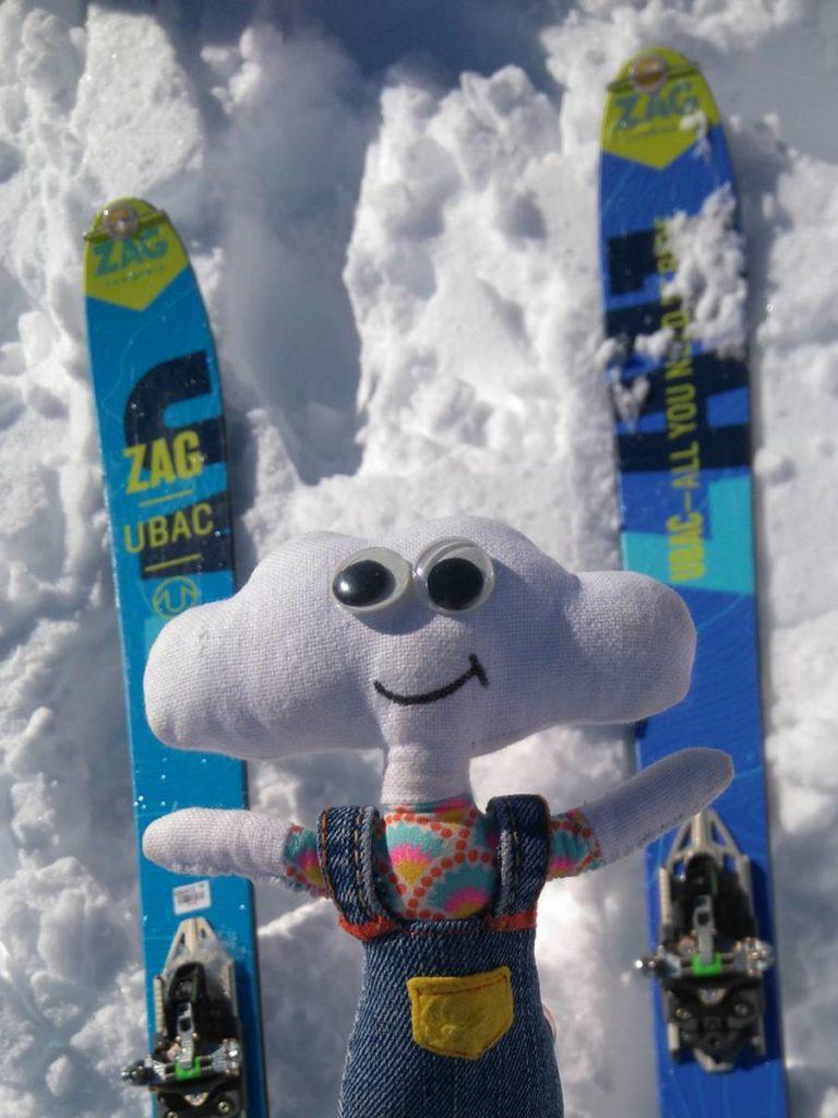 Mr Dream fait du ski de randonnée
