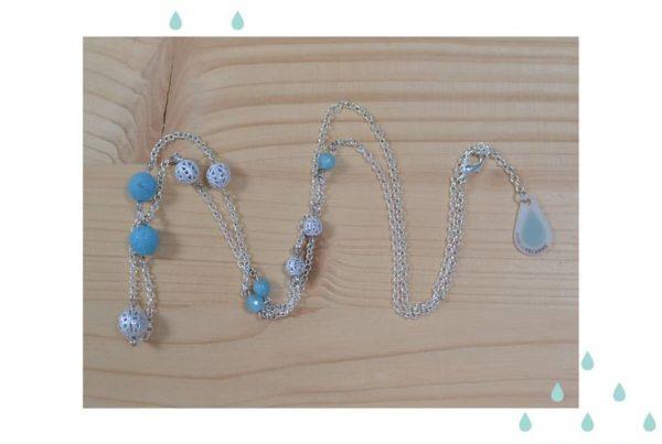 sautoir argenté et quartz bleu
