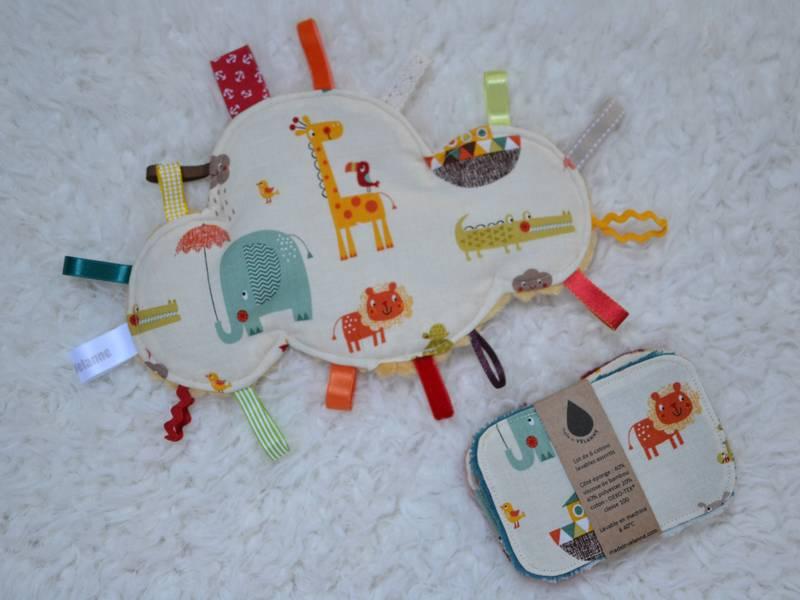 doudou étiquettes nuage animaux multicolores et lingettes lavables bébé