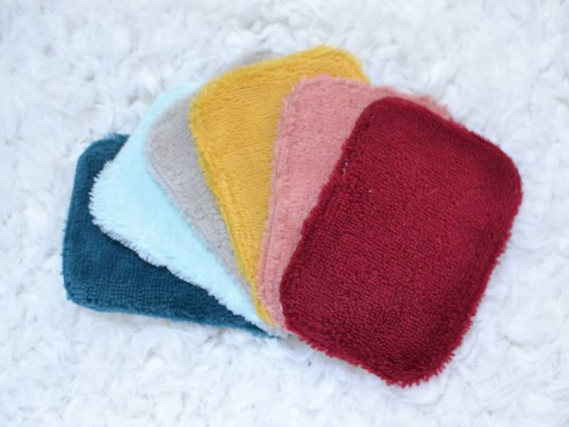 lingettes multicolores lavables pour bébé