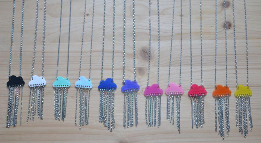 collection de sautoirs nuages multicolores et pluie de chaînette en inox