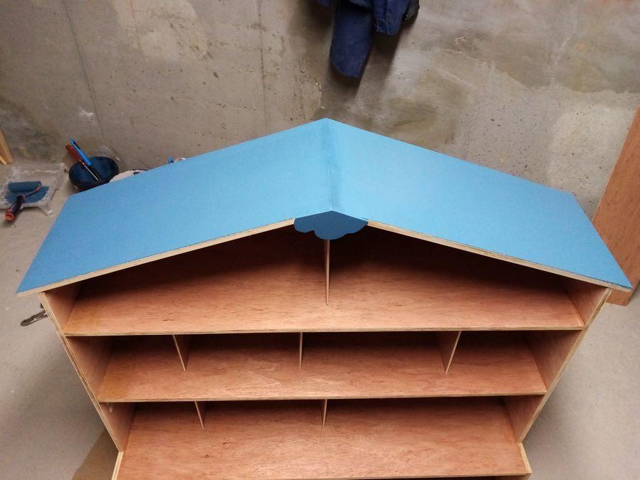 peinture toit maison playmobil en bois